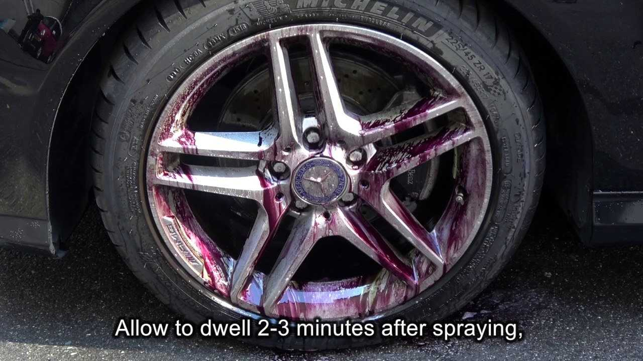 Iron Terminator during a work, wheels change color to purple